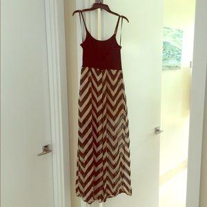 Chevron maxi dress size Large Forever21